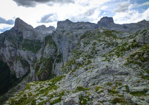 Picos de Europa 123 - High mountain