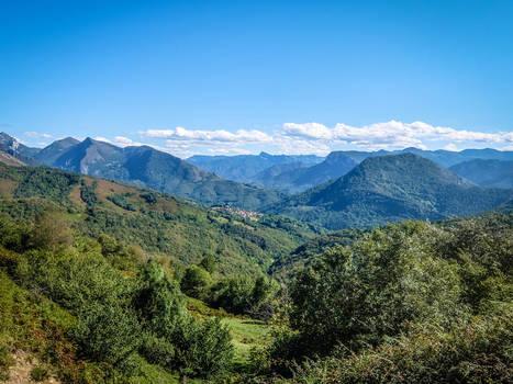 Asturias 17075 - Mountains