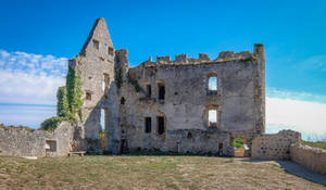 Angle 11 - Ruined Castle