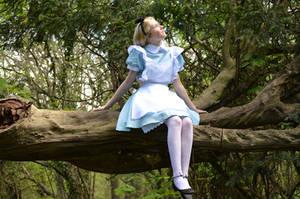 Alice Wondering by iDisneyx