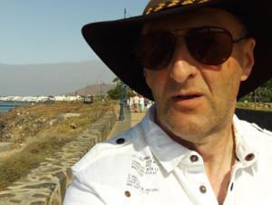 DOCHOOTER's Profile Picture