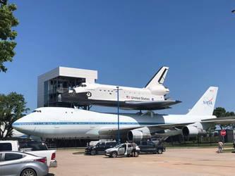 NASA: Shuttle and 747