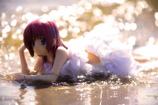 Kotori Shirakawa Figure at the sea