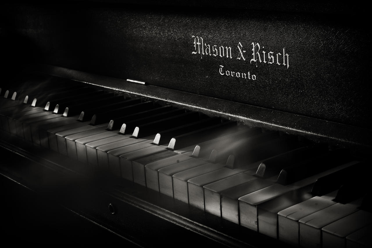 Sonate by tiganusi
