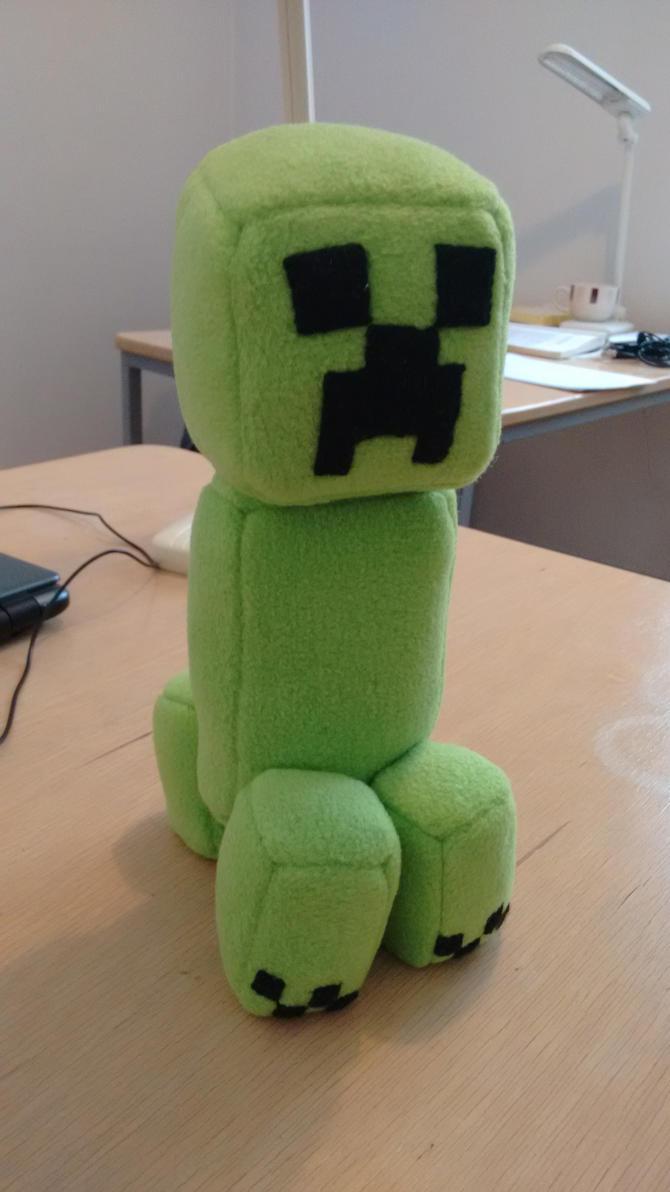 Creeper plushie by Caribatiger