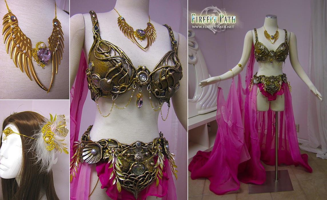 Aphrodite by Lillyxandra