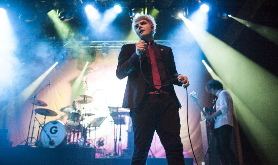 Gerard Way by GIVEthemHORNS
