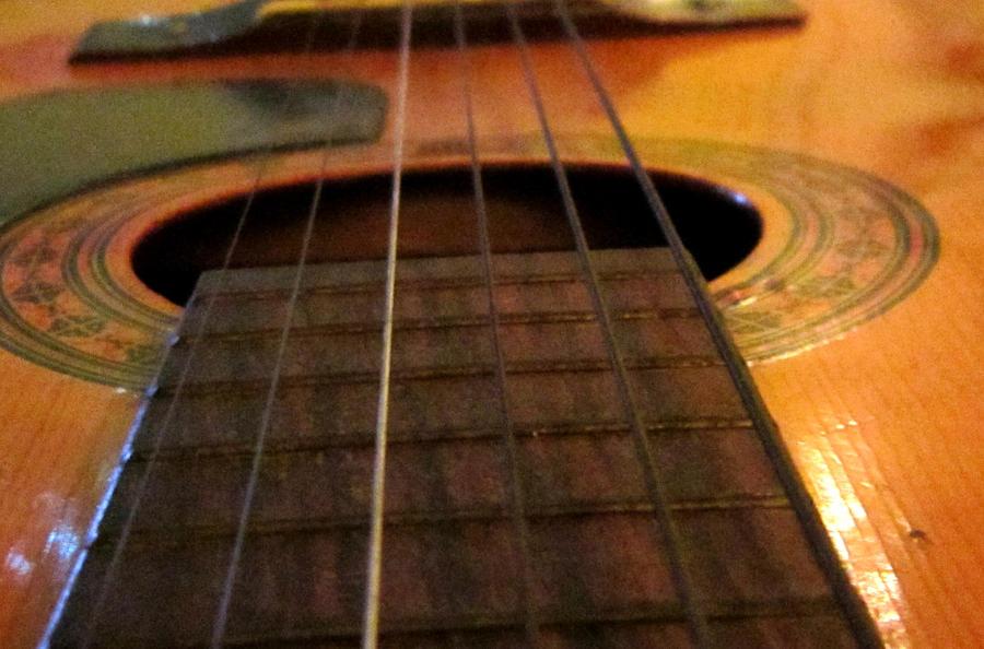 guitar by Goldphishy