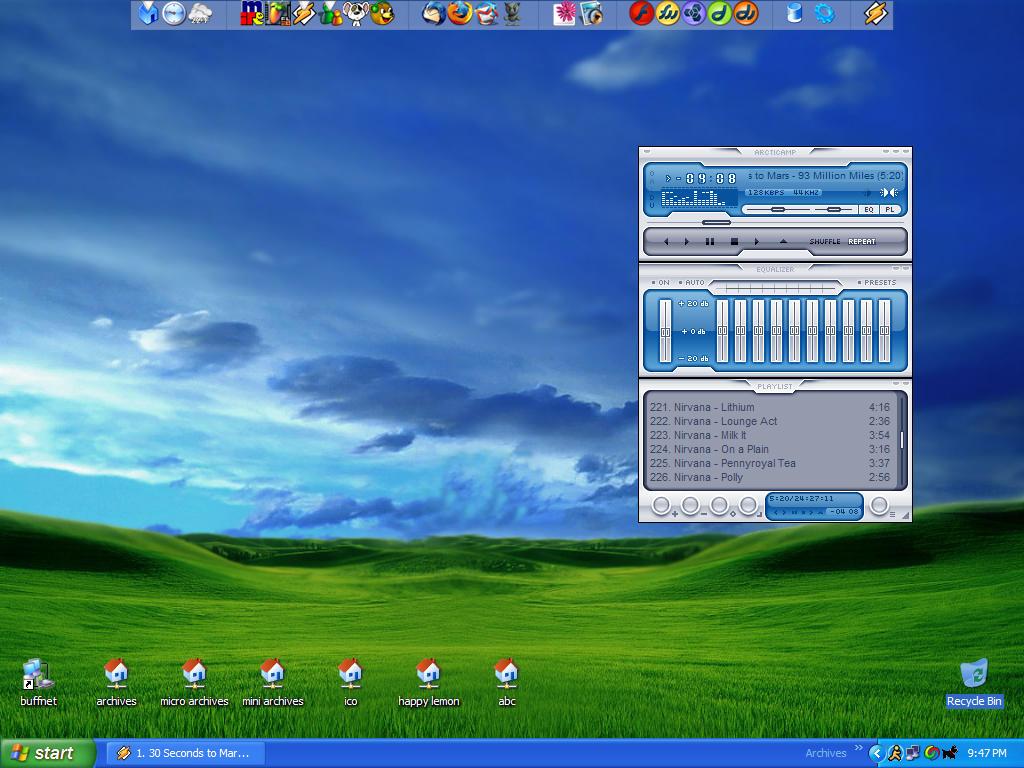 Desktop  03.10.05 by Aquanius
