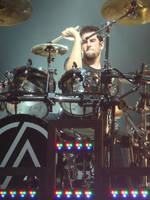 Linkin Park : Rob Bourdon by lolzcamera