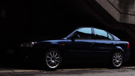 Ford Mondeo Abaddon - lurking in the shadows..
