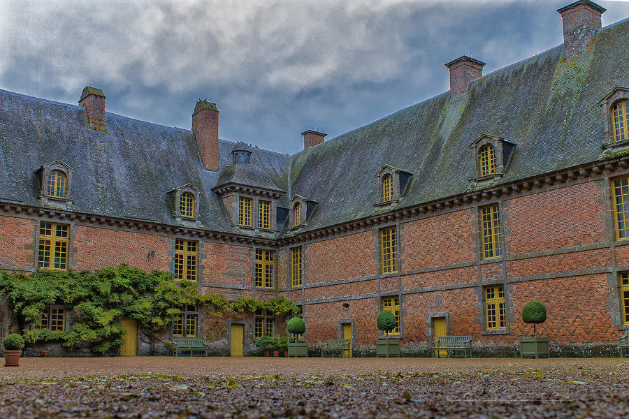 Castel of Carrouge Orne France by hubert61