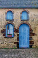 facade4 La Perriere Orne France by hubert61