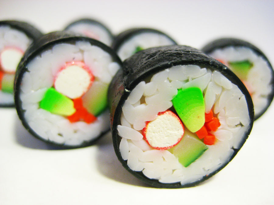 Sushi rolls by lava-tomato