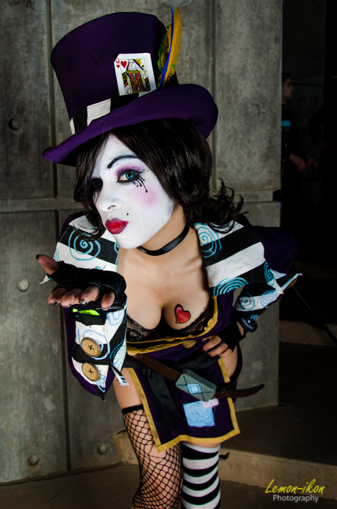 DCC Mad Moxxi - Blowing kisses by Enasni-V