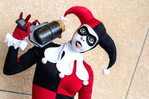 Harley Quinn - Looney by Enasni-V