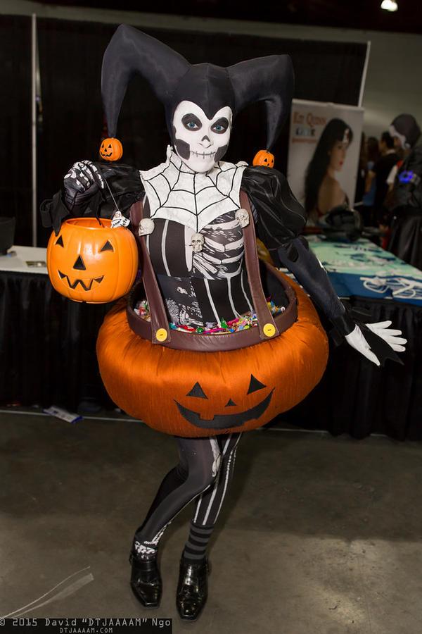 Halloween Harley Quinn by Enasni-V