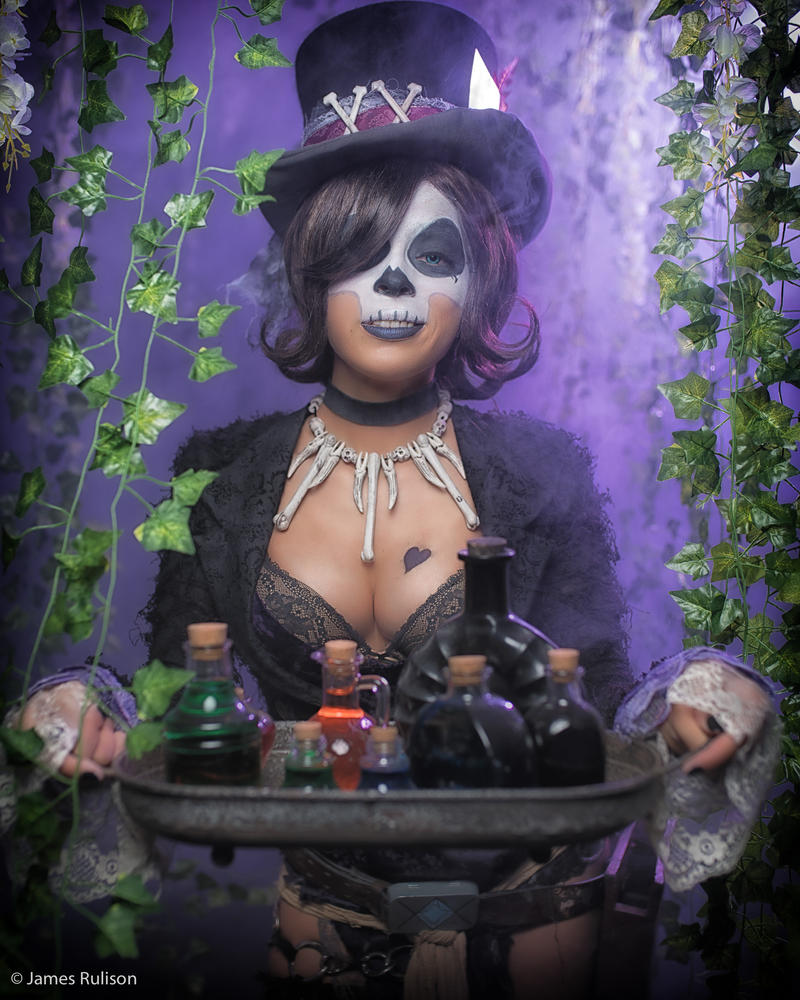 Voodoo Queen Mad Moxxi by Enasni-V on DeviantArt |Voodoo Queen Art
