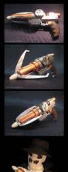 Grappling Gun Repro Prop by Bilious