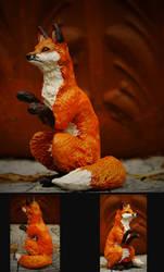 Fox by panicYoYo
