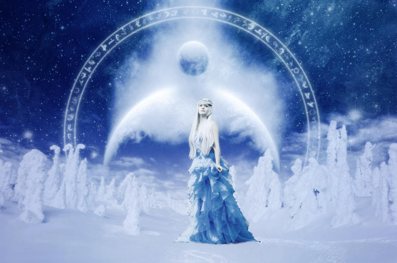 Queen of Winter Solstice
