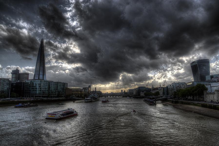 Thames at Dusk - Rework by InayatShah
