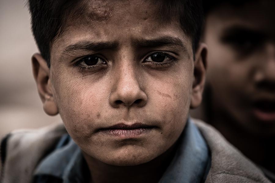 Eyes Full Of Questions by InayatShah