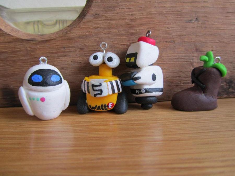 Wall-E charms by UndercoverKadaj