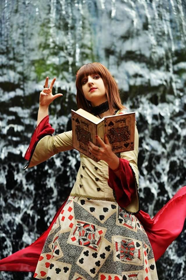 Card Magician Lady (2) by UndercoverKadaj