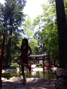 Red Dress - Parque Masayoshi Ohira