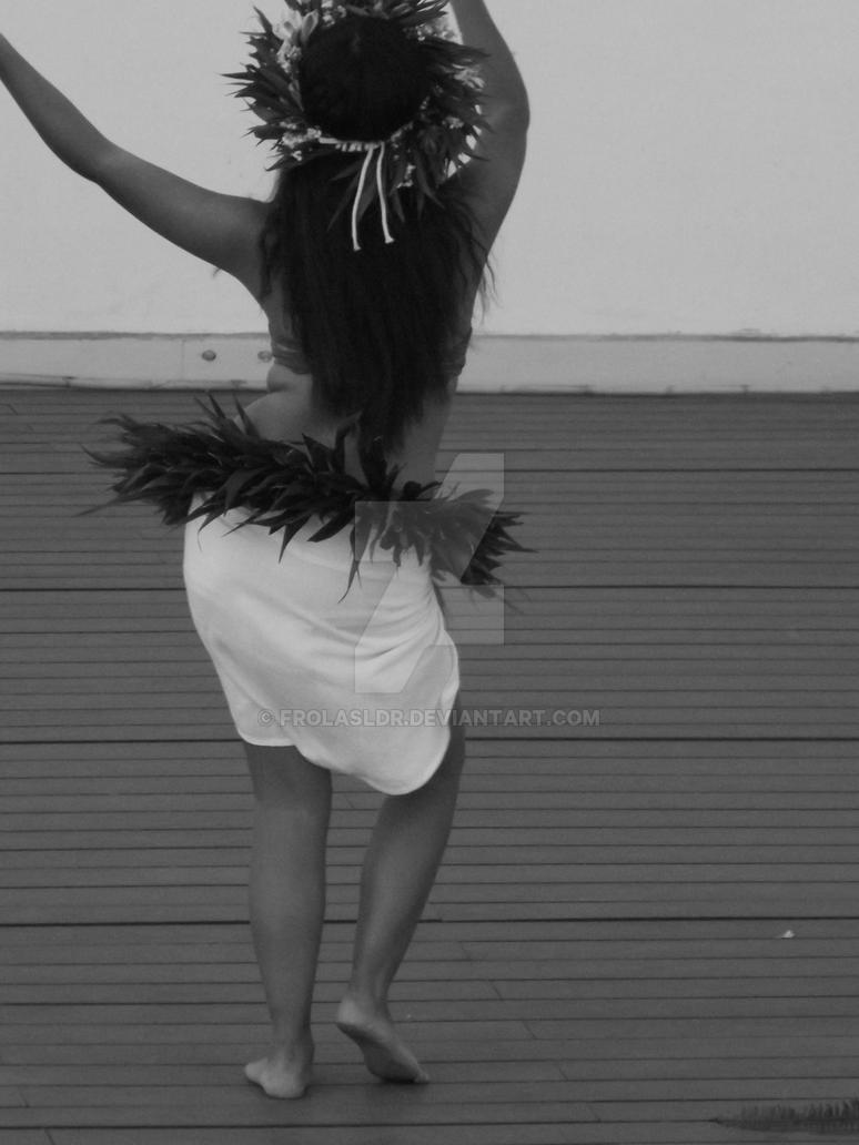 Polynesian dancer 6 by Frolasldr