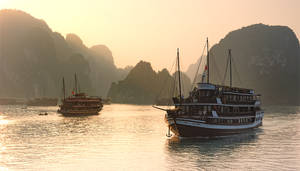 Peaceful Halong Bay by GregoriusSuhartoyo
