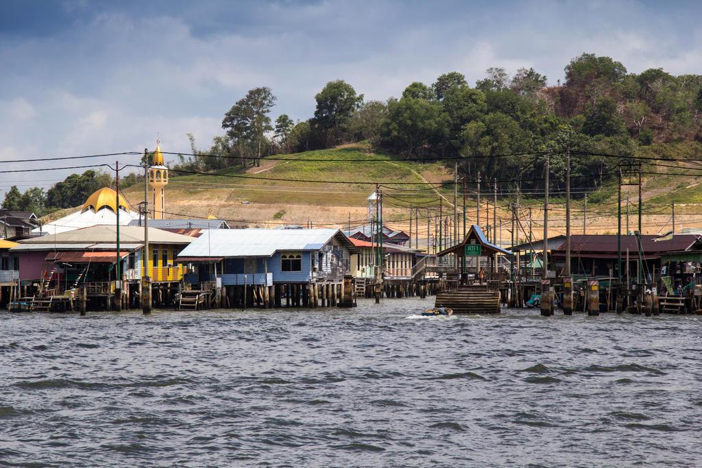 Water village in Brunei, Borneo by DrDrum666