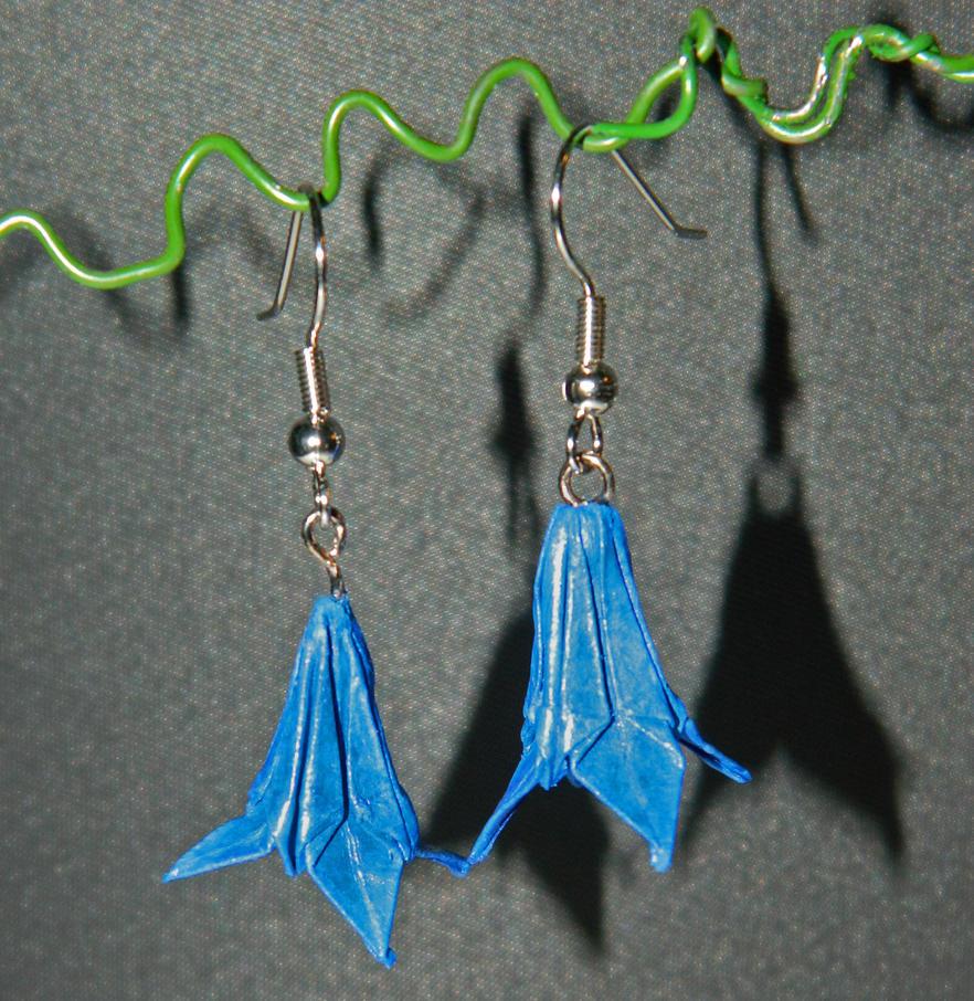 Lily Earrings by Selenere