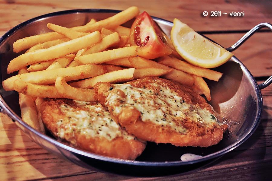 Manhattan Fish n Chips by viennidemizerable