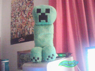 Creeper by MochiFries