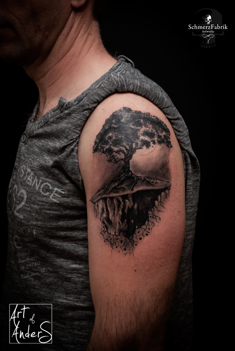 Floating Tree by Anderstattoo