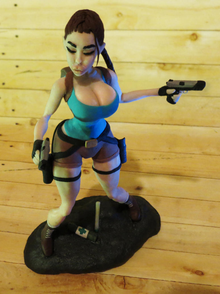 Lara Croft actionfigure by redfill