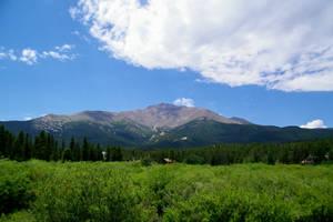 Mount Meeker by TheSleepyRabbit