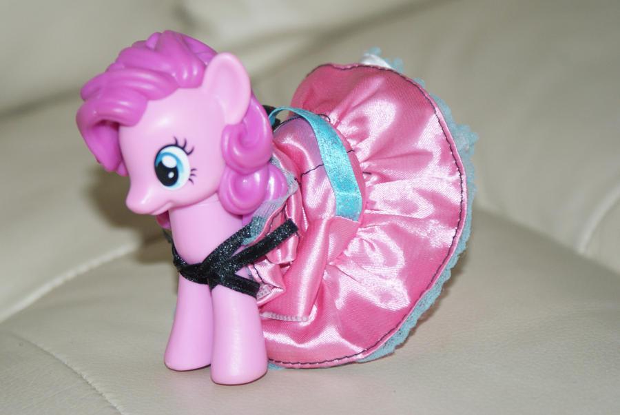Pinky Pie Dress up by Birdco