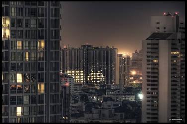 DSC00793h - Space invaders, Bangkok by ookamedias