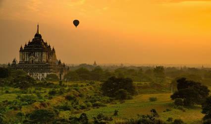 Sunrise in Bagan 1