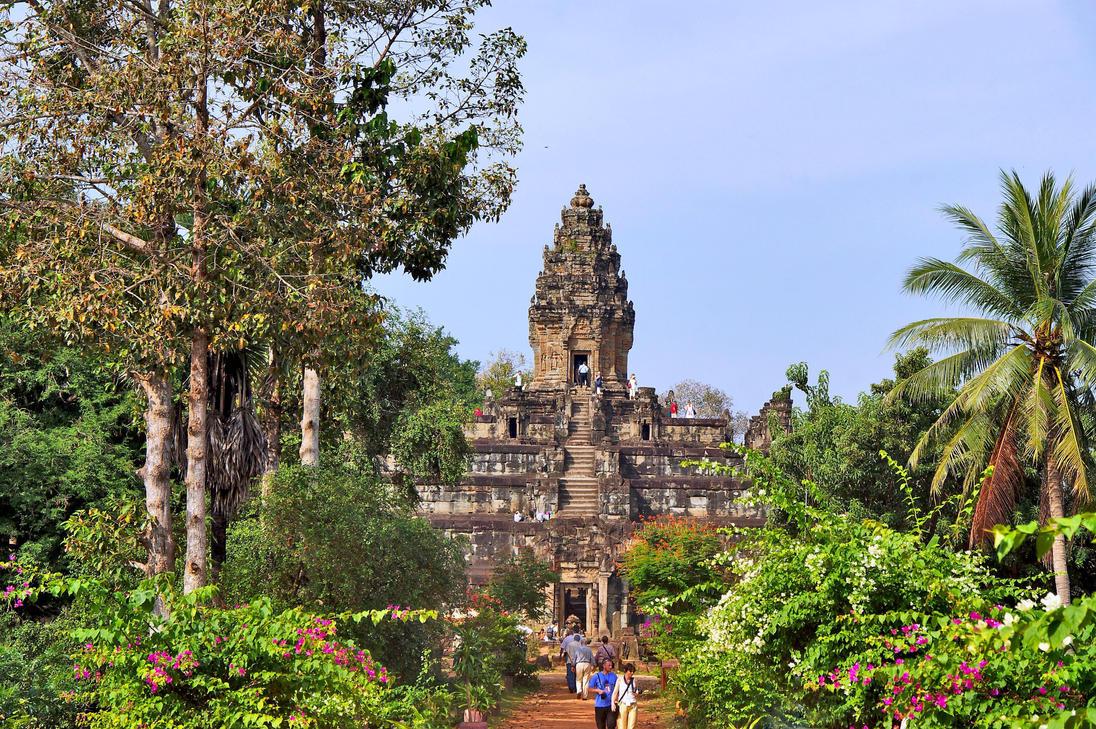 Bakong  Temple by CitizenFresh