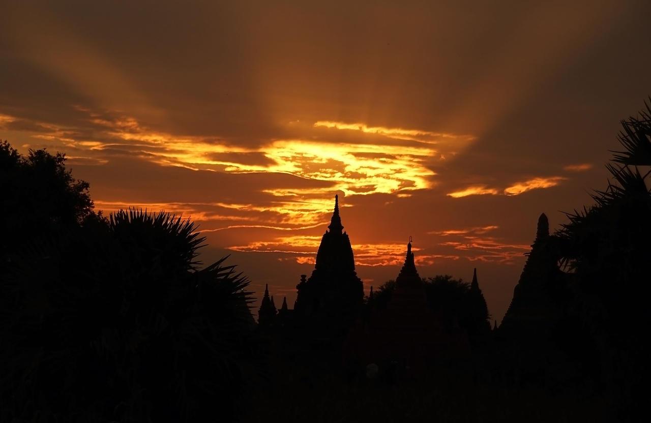 Sunset Over Bagan by CitizenFresh