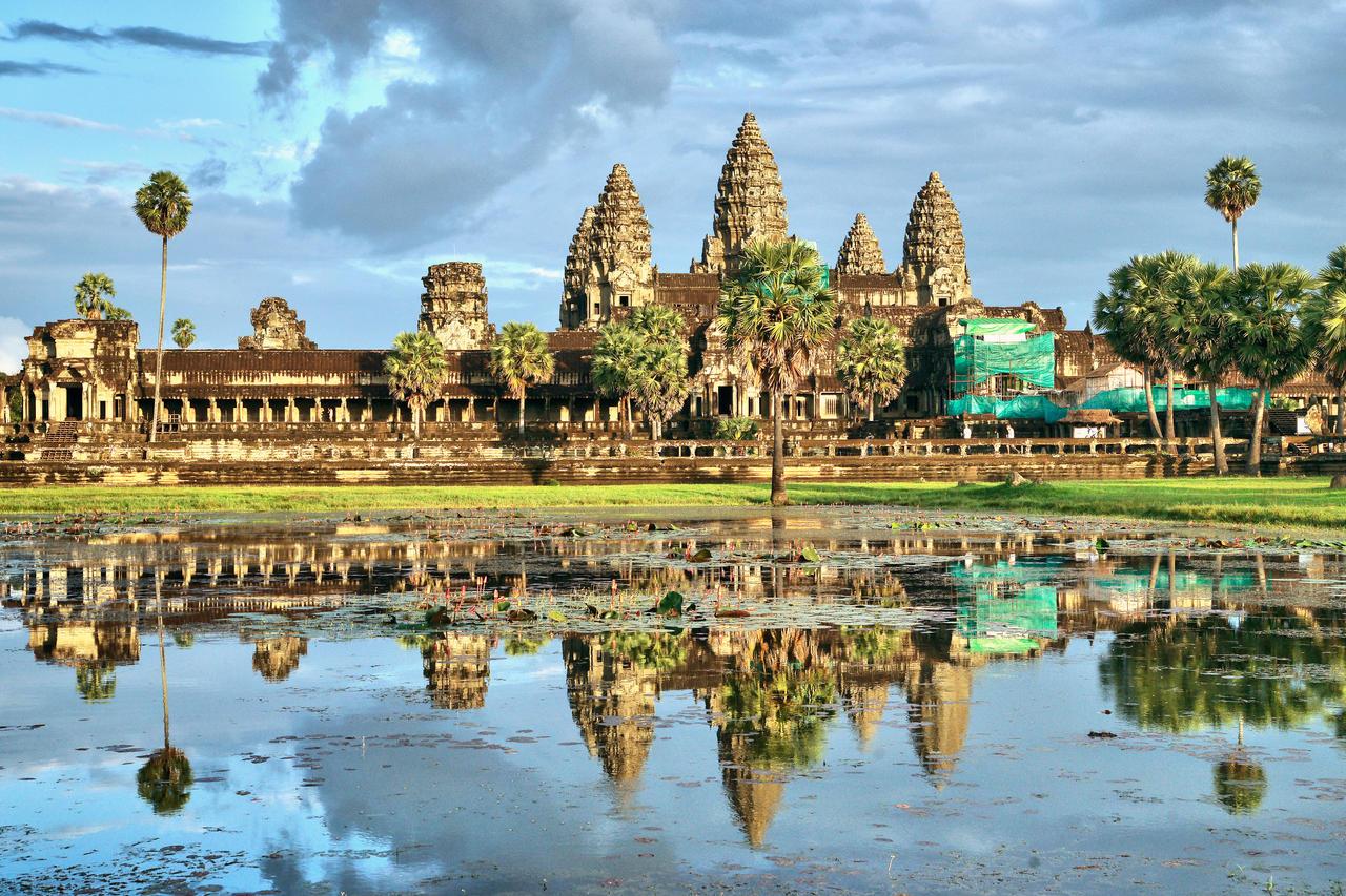 Angkor  Wat  1 by CitizenFresh
