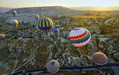 Balloons over Cappadocia 4