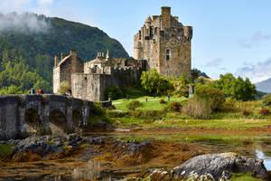 Eilean Donan Castle  10 by CitizenFresh