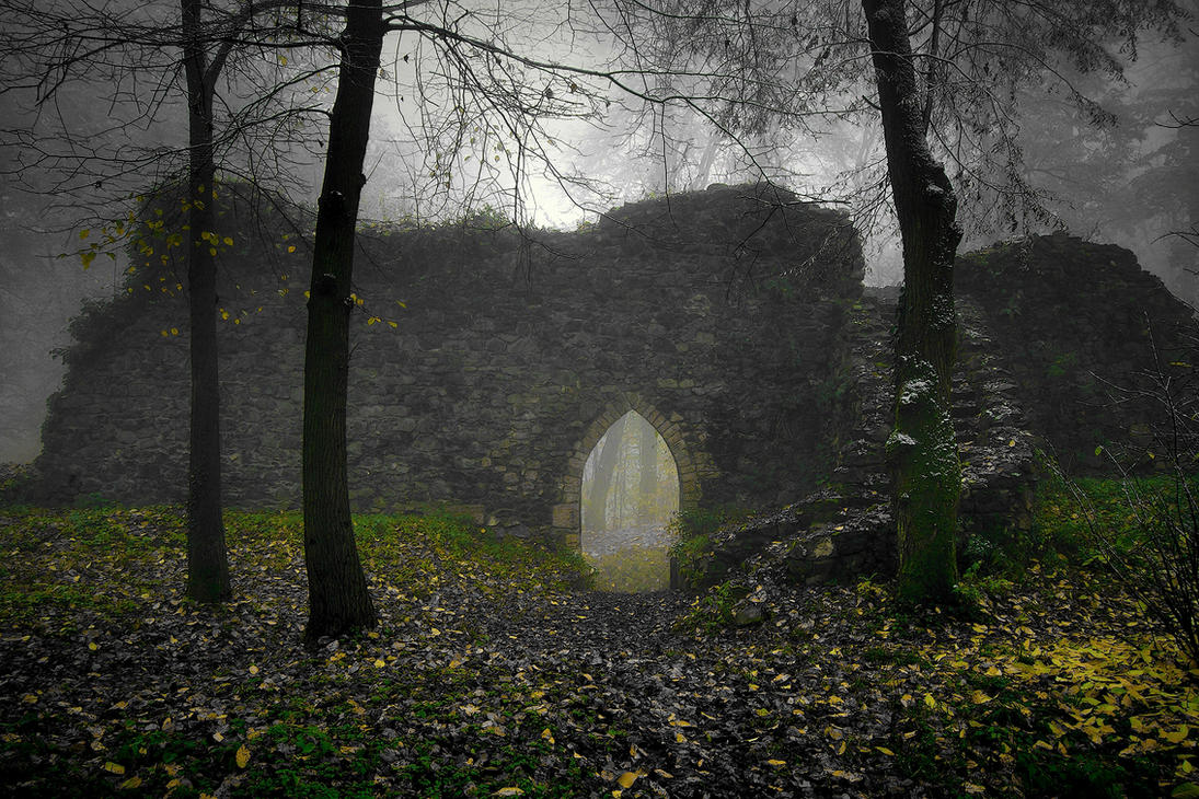 Grodziec Castle In Winter 2 by CitizenFresh