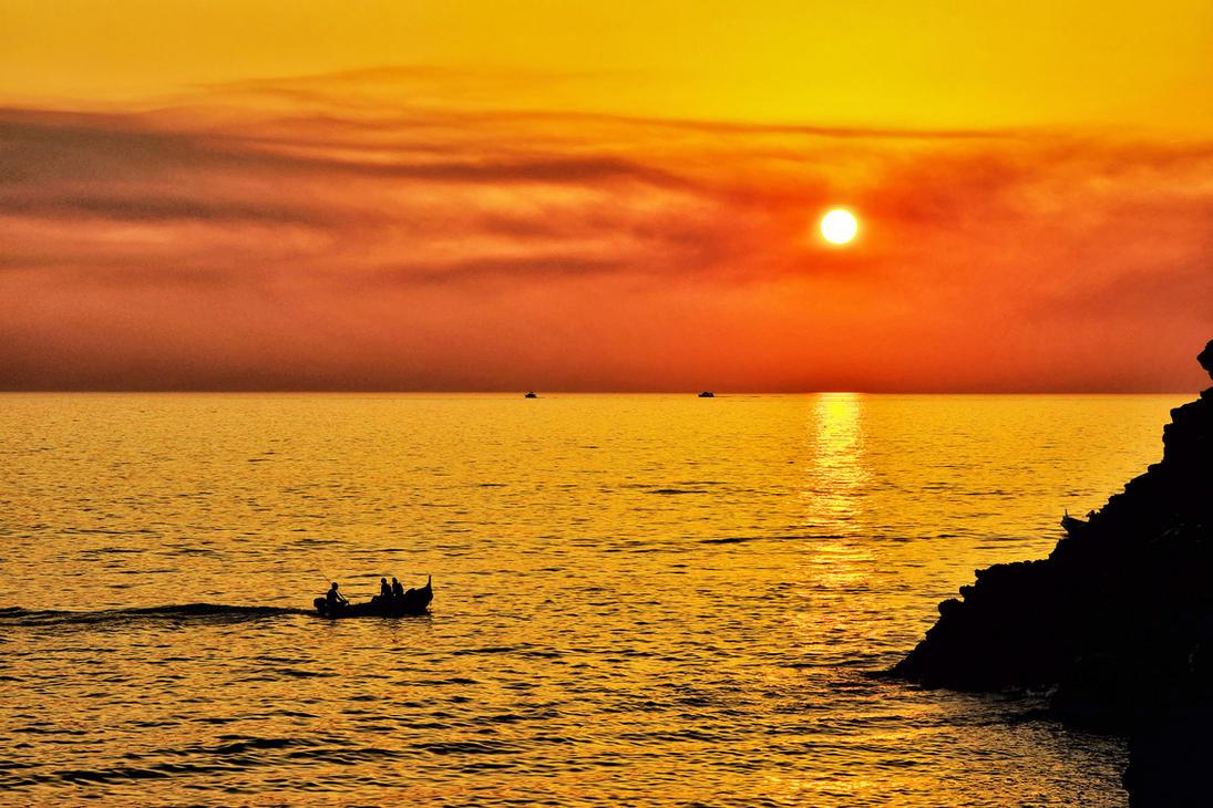 Sunset over Ligurian Sea by CitizenFresh