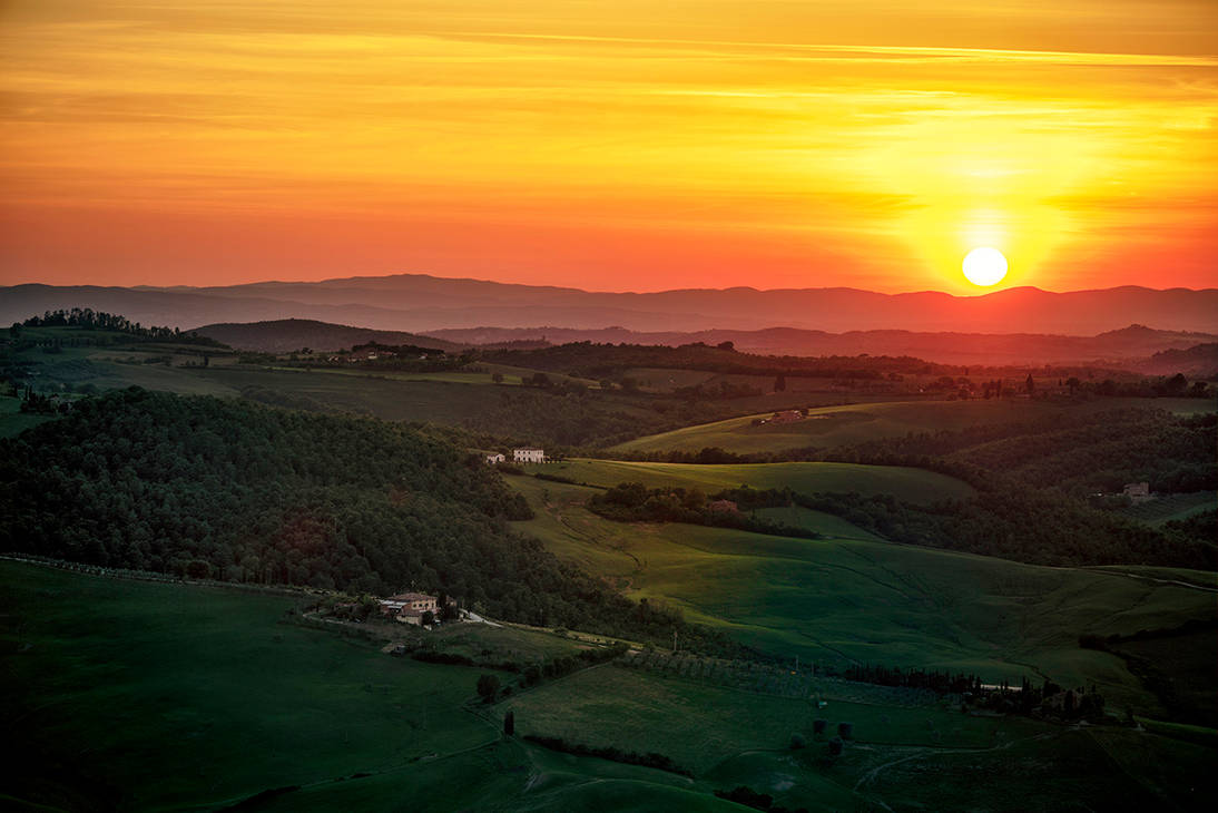 Sunset over Montepulciano /Tuscany/ by CitizenFresh